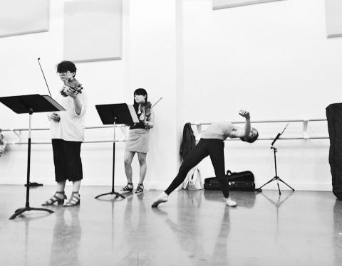 Rehearsal Arch Contemporary Ballet Photo cortesy of Arch Contemporary Ballet - Sheena Annalise (2)